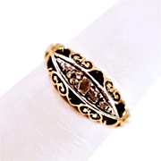 Very Vintage 18 Karat Gold 5 Diamond Ring