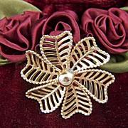 Vintage WINARD 12K G.F. Open Work Flower Pin Brooch ~ ca. 1940 - 1950