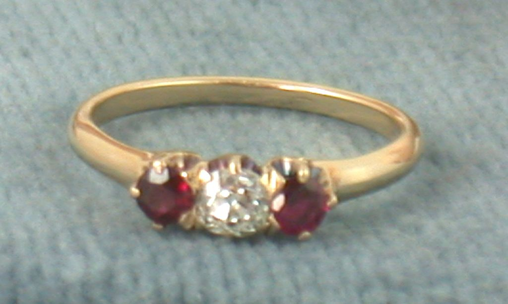 Estate 14K 0.25 CT Genuine Ruby Ring