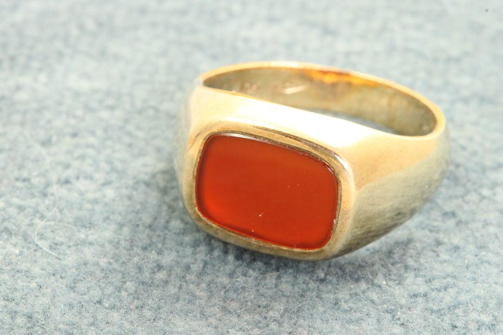 Estate 10K Carnelian Ring