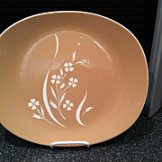 Coral Sand Springtime Harkerware Dinner Plate by Russel Wright