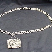 Vintage Gold Tone Chain Link Belt w Attached Metal Coin Purse