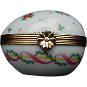 Limoges Egg with Garland of Ribbons and Flowers