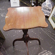 Antique Stand w Turned Pedestal Center, Three Legs