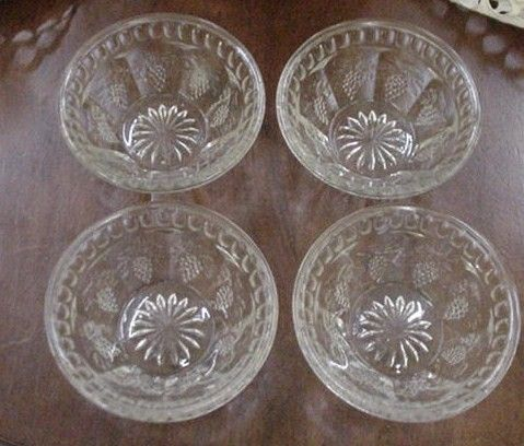 Four Early American Pressed Glass Bowls w Grape Panels