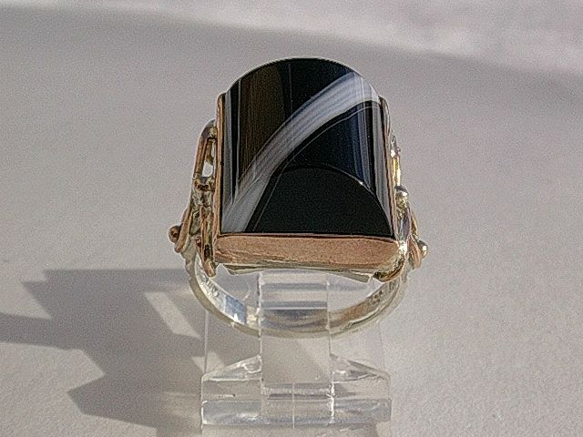 Sterling Silver/9kt Pink Gold Extraordinary Black/White Dome Agate Artisan Ladies Ring