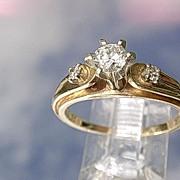 14kt Vintage Multi Diamond Ladies Engagement Ring