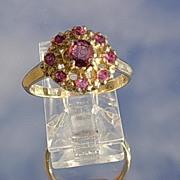 14kt Vintage Ruby Cluster Ladies Ring