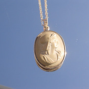 10kt European Soldier Lava Carved Pendant with Chain