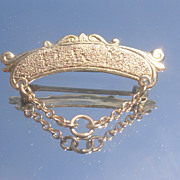 10kt  Gold Victorian Pin with Chain Attachment