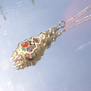 10kt Vintage Enamel Pendant with Chain