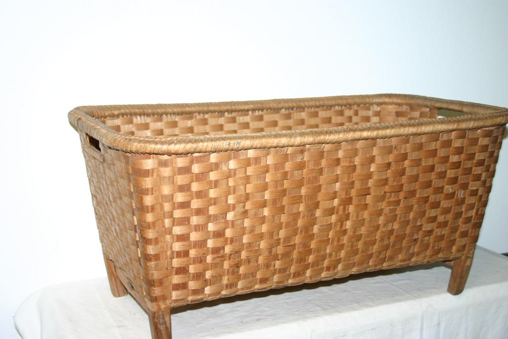 An Antique large Woven Basket, from circa 1920.