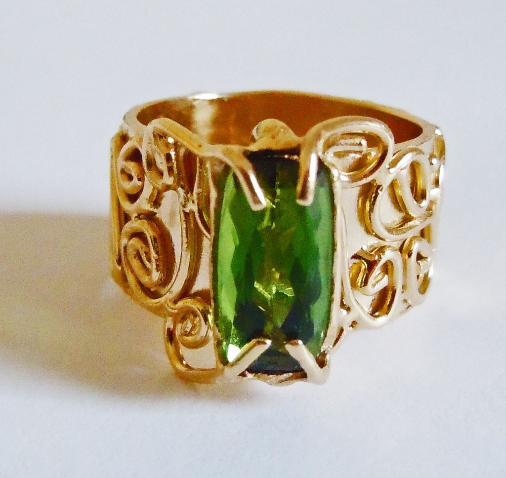 Genuine Green  Tourmaline in 14k Yellow Gold ~ circa 1970's