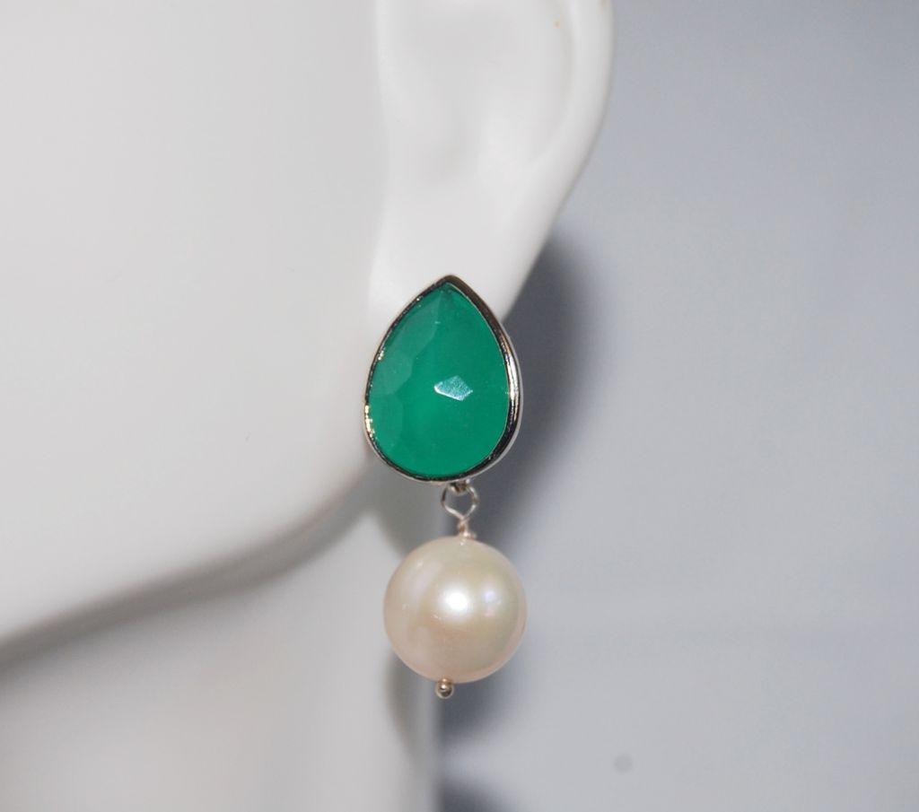 Green glass drop and Fresh water pearl Earrings