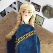 Lady's Clothing Brush With Doll's Head