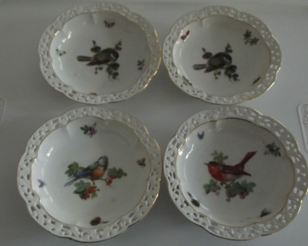 Set of Bavarian Bird Dishes