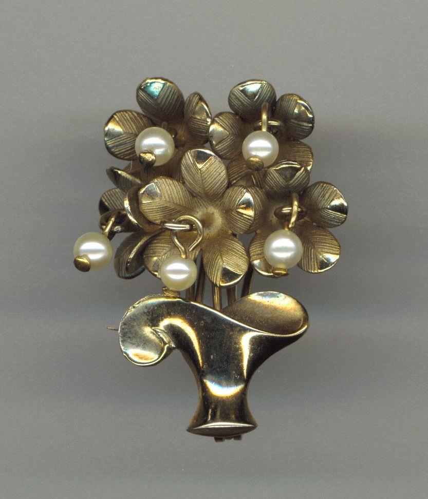 Flower Basket Pin Gold Filled