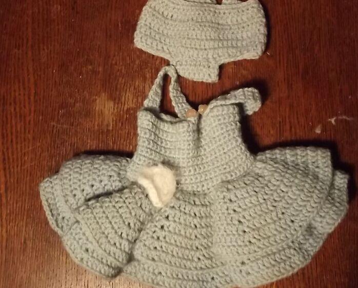 Vintage Blue Knit Outfit