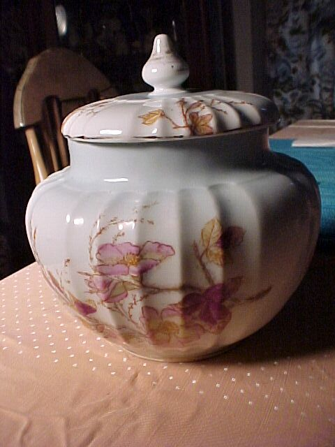 Covered Porcelain Container