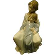 Lladro Nao porcelain figurine A Moment with Mommy 1429