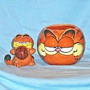 Vintage Garfield  Cat Figural Mug and Garfield Basketball Figurine by Enesco