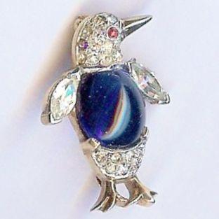 Trifari 'Alfred Philippe' Miniature Sapphire Cabochon Belly Penguin Pin