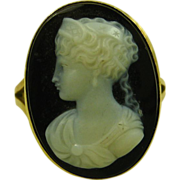 Antique Victorian Oval Hardstone Onyx Cameo 14ct Gold Ring ~ c1870