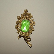 Vintage Bow Brooch with Green Stone