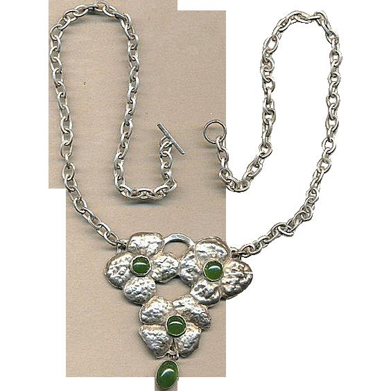 Vintage Hand-Hammered Sterling Silver & Jade Floral Necklace