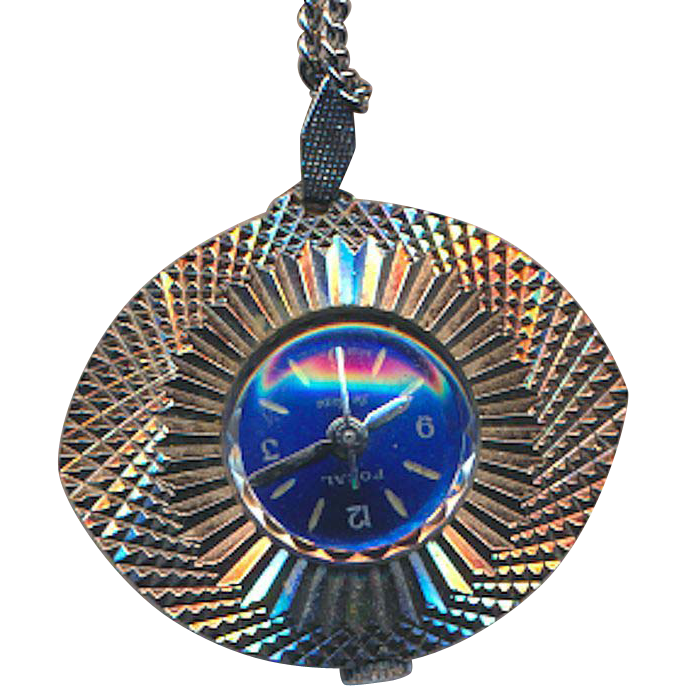 Vintage FOCAL DELUXE Wind-Up Watch Pendant Necklace