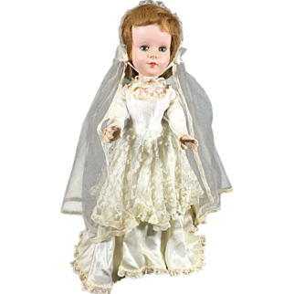 Lovely Sweet Sue Walker Bride Doll by American Character