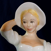 "Beautiful Royal Doulton porcelain figurine ""Samantha"" HN 2954"