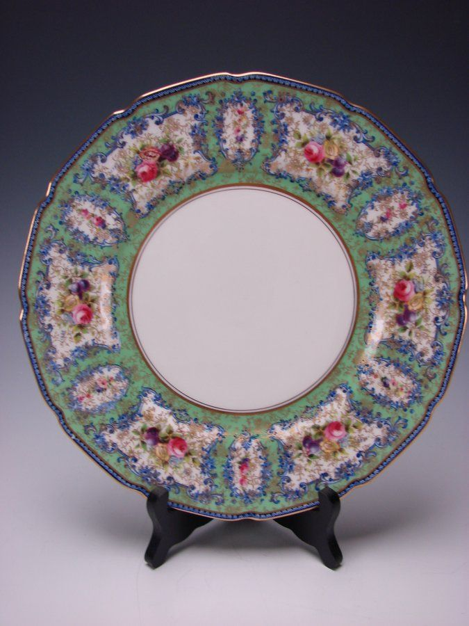 Royal Doulton Hand Painted Porcelain China Dinner or Cabinet Plate