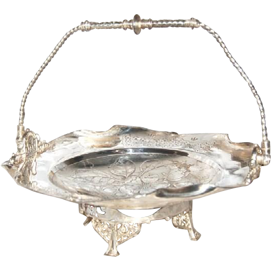 1890's Victorian Silverplated Handled Cake Basket