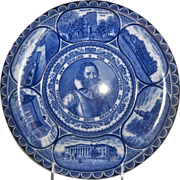 "Rolled Edge Blue & White Souvenir Plate of ""Captayne John Smith"""