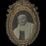 Antique 1890's Oval Brass Ornate Dresser /Photo Frame