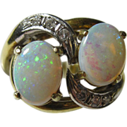 Beautiful 14k Yellow Gold Diamonds & Opals Ring