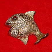 Gold Tone / Rhinestone Fish Pin - Great Personality