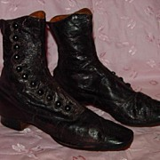 Late 1800s/Early 1900s High Top Button up Shoes