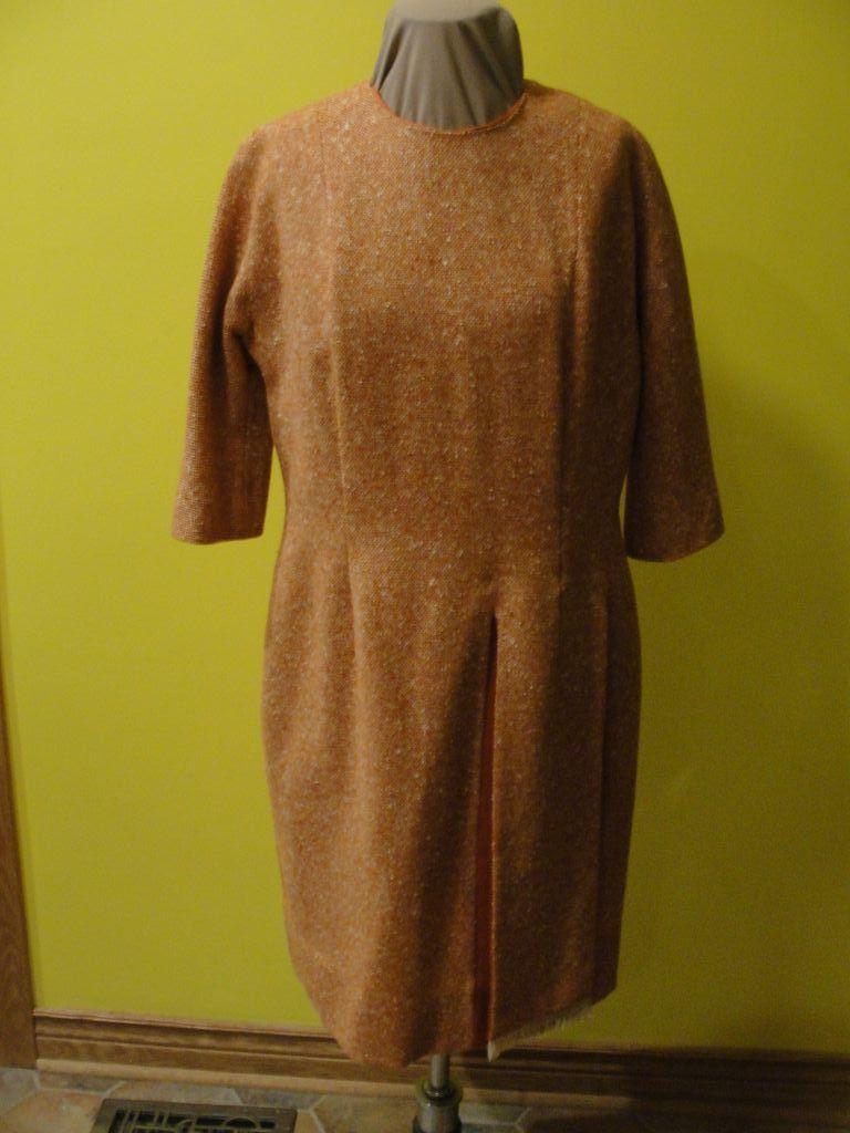 I taught I Saw a Tweedy Dress