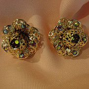 Sarah Coventry Fancy filigree Aurora borealis Clip-on Earrings - Free shipping