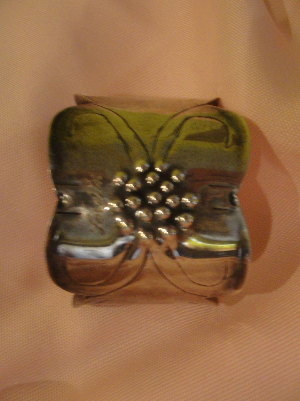 Engraved ''Loretta'' Sterling cuff bracelet - Free shipping