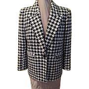 You Ain't Nothing but a Hound's tooth Bill Blass Blazer