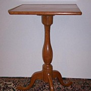 American Maple Queen Anne Candle-stand Ca.1790