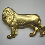 JJ Lion Animal Pin Matte Gold Tone