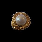 Huge Faux Pearl Gold Tone Dress Clip