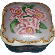 1990 Heritage House Love Songs We've Only Just Begun Porcelain Music Box
