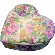 SALE Nikoniko Hand Painted Floral Porcelain Heart Trinket Box Japan