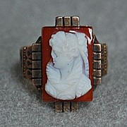 Victorian CAMEO RING - 14K Gold mounting / Hardstone