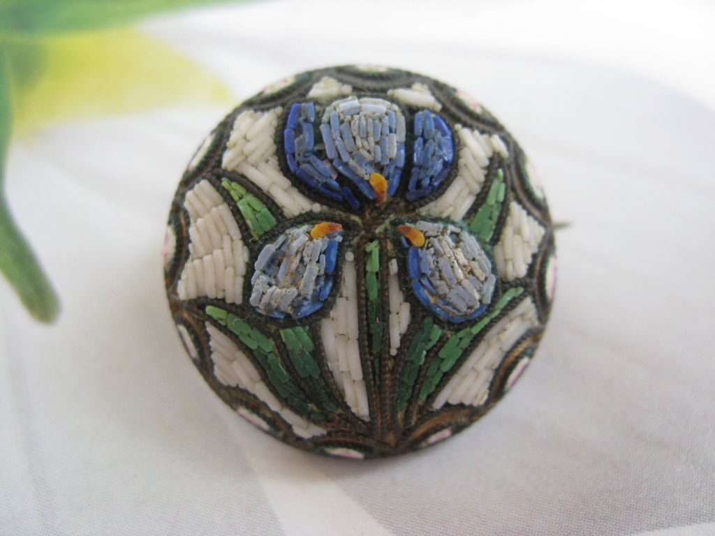 Micro Mosaic Iris Pin 800 Silver